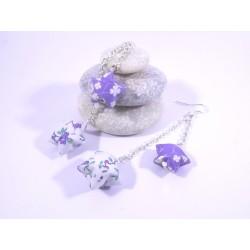 Boucles Origami Duo Céleste violet et blanc avec fleurs
