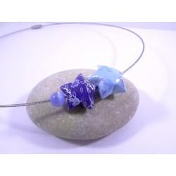 Collier Origami Etoiles Filantes bleu pâle et bleu roi avec fleurs