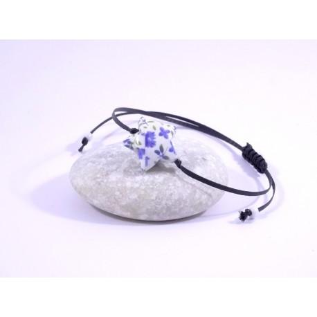Bracelet Origami Etoile Solitaire blanc avec fleurs bleues
