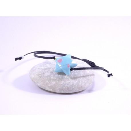 Bracelet Origami Etoile Solitaire bleu avec coeurs multicolores