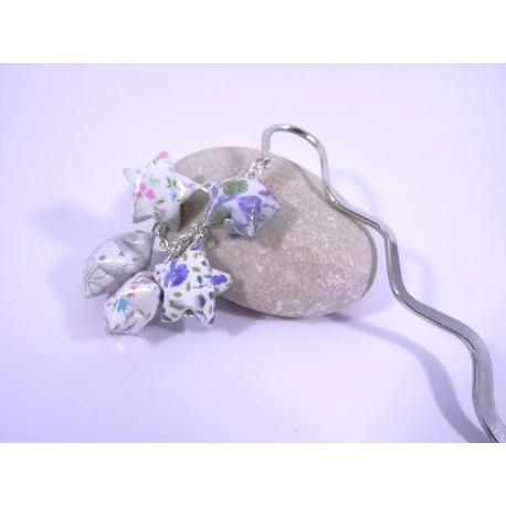 Marque-Page Origami Constellation blanc et bleu avec fleurs
