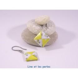 Boucles Carré Origami jaune avec coccinelles vertes