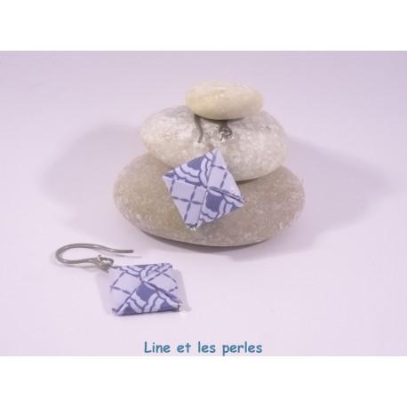 Boucles Carré Origami bleu foncé avec motifs géométriques japonais