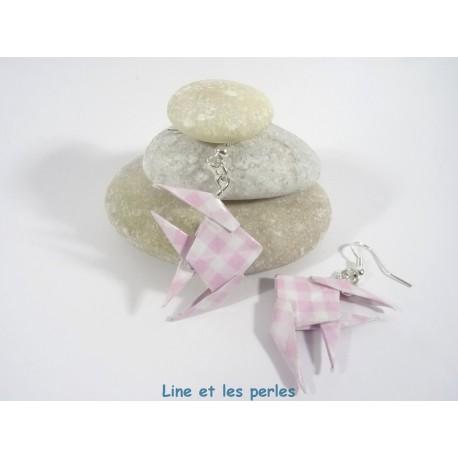 Boucles Poissons Origami vichy rose et blanc